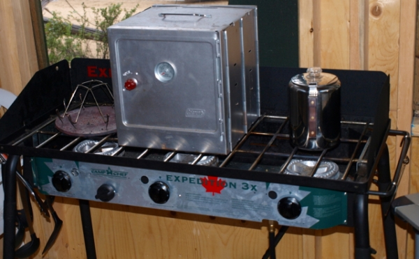 The Camp Chef - Expedition 3X - Triple Burner Stove